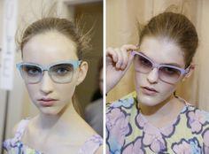 春一番の注目サングラスは?|最新ファッショントレンド情報|ファッショントレンド|シュワルツコフ オンライン