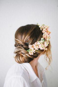 Gibson Roll | Wedding Hair Inspiration | Photo by Joanna Ballentine