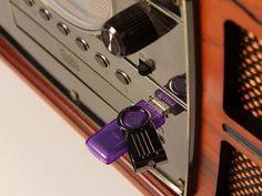 Vitrola Ribeiro e Pavani Sacramento CD - Fita Cassete USB SD Card Rádio AM/FM com as melhores condições você encontra no Magazine Lucimarmagzine. Confira!