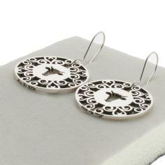 """Øreringer+i+""""Amulette""""-serien.Helstøpt+i+sterlingsølv.+Sirklene+måler+25mm+i+diameter.Kontakt+oss+for+bestilling+-+bestillingstid+ca+3+uker.BLOGG:+http://linewestgaard.no/fearless-smykker/"""