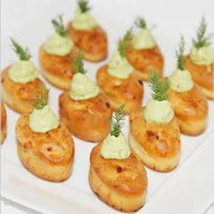 new ideas appetizers easy party snacks finger foods Finger Food Appetizers, Finger Foods, Appetizer Recipes, Party Appetizers, Food In French, Avocado Creme, Fingerfood Party, Quiches, Omelettes