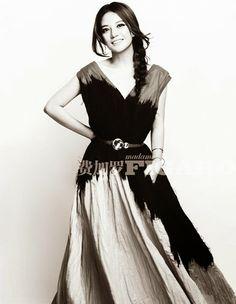 Madame Figaro China April 2014, 趙薇 Carrie Fisher, Chinese Actress, Spring 2014, Bottega Veneta, Star Fashion, Beautiful Women, China, Culture, Actresses