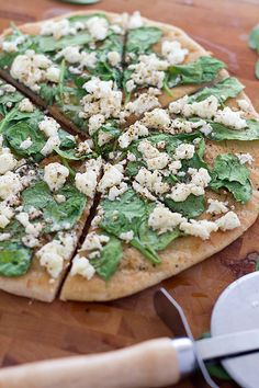 Spinach Shallot and Feta Grilled Pizza at chasingdelicious.com Recipe by @rvank.