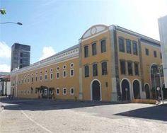 Brasil. PE. Recife. Shopping Paço Alfândega. Set2014-dia. Foto: Kassia Medeiros.