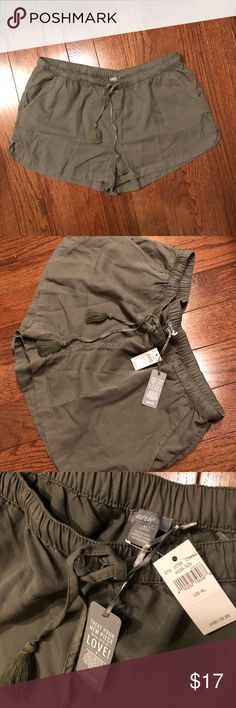 NWT Aerie Olive Soft Shorts Size XL Thank you for checking out my listing on these Aerie Soft Shorts  - Size XL - Olive Green Colored - Super Soft and comfy fabric - Brand new with tags - only flaw is a small pin size hole on back (see last picture) - no stains, smoke free home  Any questions, Just ask! aerie Shorts