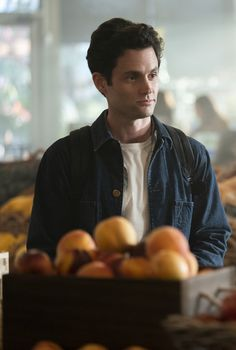 Joe Goldberg is chasing after another woman in the upcoming season of You. On Monday, Netflix unveiled the first official trailer for the highly anticipated Netflix Series, Series Movies, Movies And Tv Shows, Tv Series, Elizabeth Lail, Normcore Fashion, Penn Badgley, Cute Actors, Me Tv