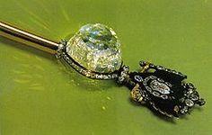 El diamante denominado Orlov (a veces referido como Orloff) es una piedra preciosa de grandes dimensiones, perteneciente a la colección de diamantes del Kremlin (Moscú, Federación Rusa). Posee las proporciones y la forma de un huevo cortado por la mitad y su origen conocido remonta al siglo XVIII, cuando fue descubierto por los occidentales en un templo hindú situado en Mysore, en el sur de la India.