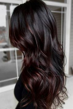 64 Fall Hair Color For Brunettes Balayage Brown Caramel Styles Love this color and cut…hummm. when i see all these fall hair color for brunettes balayage brown caramel it always makes me jealous i wish i could do something like that I absolutely love this Fall Hair Color For Brunettes, Ombre Hair Color, Hair Color For Black Hair, Hair Color Balayage, Cool Hair Color, Auburn Balayage, Dark Fall Hair Colors, Hair Color Ideas For Brunettes Chocolates, Black Colored Hair