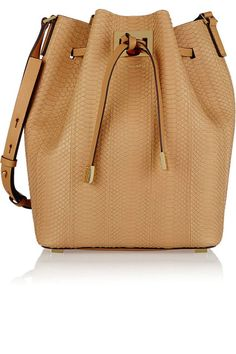 8 bags to buy in 2015.