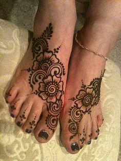 dskbfjkh by Nomad Heart Henna, via Flickr