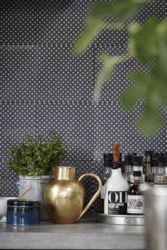 House Doctor Kitchen Decor Dark Blue Storage Jar with Lid Multitrend Bathroom Decor, Jar Storage, Kitchen Tile Inspiration, Style Tile, Kitchen Decor, House Doctor, Interior, Happy Kitchen, Kitchen Styling