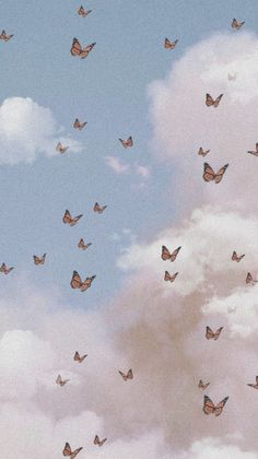 Wallpaper Pastel, Butterfly Wallpaper Iphone, Cute Patterns Wallpaper, Aesthetic Pastel Wallpaper, Iphone Background Wallpaper, Tumblr Wallpaper, Aesthetic Wallpapers, Aesthetic Backgrounds, Cloud Wallpaper