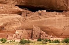 Flagstaff, Walnut Canyon National Monument, cliff dwellings - this looks cool