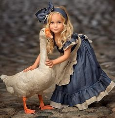 Retro Girl Kid Toddler Baby Princess Party Pageant Denim Tutu Dresses Photograph Hot New Vogue Sweet Fly Sleeve Denim Lace Dress Animals For Kids, Baby Animals, Cute Animals, Beautiful Children, Beautiful Babies, Beautiful Wall, Cute Pictures, Beautiful Pictures, Cute Kids Photos