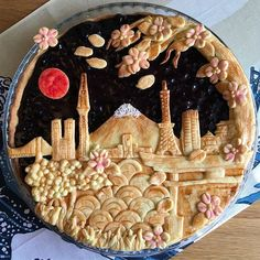 Tokyo City blueberry pie with city landmark outlines and cherry blossom crust - decfood Pie Dessert, Dessert Recipes, Just Desserts, Delicious Desserts, Beautiful Pie Crusts, Pie Crust Designs, Pie Decoration, Pies Art, Tart Recipes
