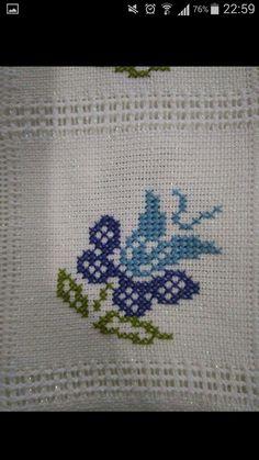 Cross Stitching, Cross Stitch Embroidery, Hand Embroidery, Cross Stitch Patterns, Embroidery Designs, Simple Cross Stitch, Cross Stitch Flowers, Button Hole Stitch, Palestinian Embroidery