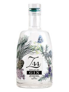 Z44 Gin -  Botaniche: Achillea Millefoglie, Arance, Ginepro, Pino Cembro (Cirmolo), Radice di Genziana, Radice di Violetta