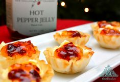 Cream Cheese and Sweet Jalapeño Pepper Jelly in phylo cups. Very festive for the holidays! Get your jelly at tastefullylinda.com Jelly Recipes, Phyllo Recipes, Snack Recipes, Snacks, Finger Food Appetizers, Yummy Appetizers, Appetizer Recipes, Finger Foods, Inexpensive Appetizers