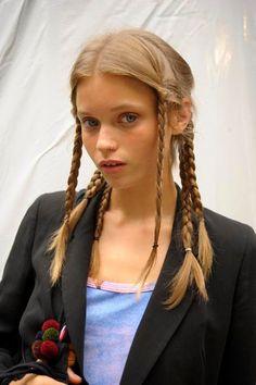 High Ponytail Hairstyles, High Ponytails, 90s Hairstyles, Wedding Hairstyles, Hair Inspo, Hair Inspiration, Crazy Hair Days, Hair Arrange, Hair Designs
