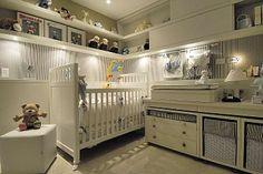 Decoração de quarto de bebê prevê alterações para quando a criança crescer - Dormitórios usam cores e móveis que podem ser adaptados conforme o filho se desenvolver