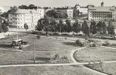 Csikszereda:látkép a városi szálloda irányába,1944. Louvre, Building, Travel, Viajes, Buildings, Destinations, Traveling, Trips, Construction