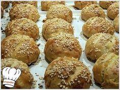 ΚΡΕΜΩΔΗ ΤΥΡΕΝΙΑ ΣΝΑΚ ΜΕ ΦΑΝΤΑΣΤΙΚΗ ΖΥΜΗ!!! Cooking Cake, Cooking Recipes, Sweets Recipes, Appetizer Recipes, Desserts, Food Network Recipes, Food Processor Recipes, Armenian Recipes, Bread And Pastries