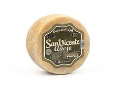 Lacteas San Vicente - Añejo Elaborado con leche cruda de oveja. Maduración mínima 240 días.