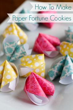 These cute DIY paper fortune cookies are super easy to make! Perfect for Chinese New Year, Valentine's Day, wedding favors, birthday parties & much more. New Year's Crafts, Cute Crafts, Holiday Crafts, Diy And Crafts, Arts And Crafts, Diy Paper Crafts, Paper Crafting, Kirigami, How To Make Paper