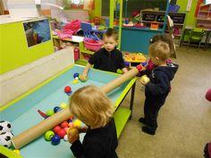 """Unescoschool Sterrenbos Hamme - thema : """"ballen en ballonnen"""""""