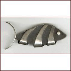 Modern Jewelry, Vintage Jewelry, Fish Design, Modern Artists, Moon Art, Artisan Jewelry, Fisher, Jewelry Making, Jewels