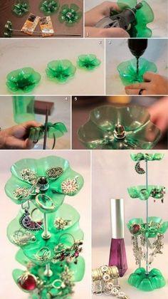 DIY : Plastic Bottle Jewelry Stand