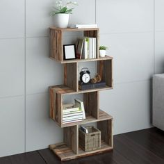 Wood Crate Shelves, Crate Bookshelf, Wood Bookshelves, Solid Wood Shelves, Wood Crates, Pallet Shelves Diy, Wood Shelf, Pallet Furniture, Furniture Projects