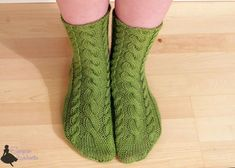 Suoraan sukasta: Palmikko, rakastuin. Socks, Fashion, Moda, Fashion Styles, Sock, Stockings, Fashion Illustrations, Ankle Socks, Hosiery