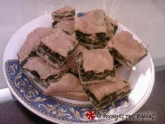 Great recipe for Country style spanakopita. Spanakopita (spinach pie) the way my mother makes it with filo pastry that she rolls out on the spot. Recipe by Pita Recipes, Sweets Recipes, Greek Recipes, Gourmet Recipes, Healthy Recipes, Healthy Food, Greek Appetizers, Spinach Pie, Greek Cooking