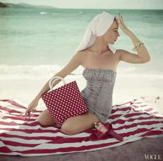 1954, Vogue, Photographed by John Rawlings