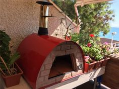 Portable Maximus wood fired pizza oven Perfect for patios, balconies.  Portable so you can take it tailgating, to the beach, cabin... FREE SHIPPING