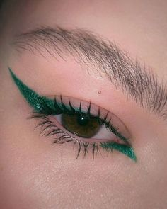 Eye make-up carnaval – makeup products Makeup Inspo, Makeup Inspiration, Makeup Ideas, Aesthetic Makeup, Makeup Looks, Eyeshadow, Nyx Lipstick, Skin Care, How To Make