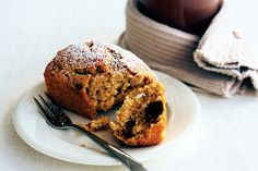 Banana and date loaves Classic banana loaf with the added goodness of dates makes a crowd-pleasing tea-time treat. Banana And Date Loaf, Banana Bread, Sweet Desserts, Sweet Recipes, Ginger Loaf, Baking Recipes, Cake Recipes, Yummy Treats, Sweet Treats