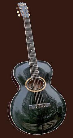 Vintage 1907 Guitar by Gibson Mandolin-Guitar Manufacturing Co, Kalamazoo, Michigan