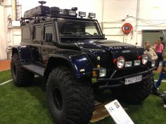 OTT? #LandRover Defender  Love this Defender