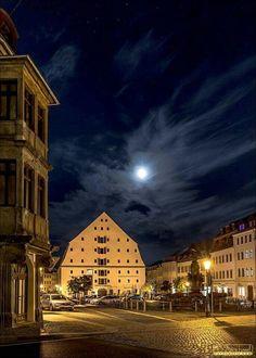 Zittau, Marktplatz bei Nacht