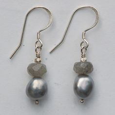 Silver Grey Pearl & Labradorite Earrings