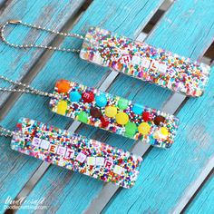 DIY Resin Casting Crafts – Candy Sprinkles Resin Keychain DIY – Homemade Resin and Epoxy Craft Projects and Ideas – How … – resin crafts Diy Resin Casting, Diy Resin Art, Diy Resin Crafts, Etsy Crafts, Diy Resin Jewelry Mold, Resin Jewellery, How To Make Resin, Crafts To Make And Sell, Diy Homemade Resin