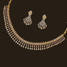 Looking for gold and diamond jewellery? Vummidi has the best collection of diamond rings, diamond earrings and gold jewellery, handcrafted to perfection. Diamond Necklace Set, Diamond Pendant, Indian Diamond Necklace, Gold Pendant, Make Up Tutorial, Gold Jewelry Simple, Gold Jewellery Design, Diamond Jewellery, Antique Jewellery