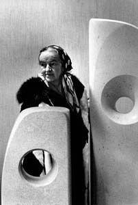 Barbara Hepworth (1966) by Erling Mandelmann -Wikipedia
