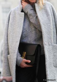 Стильные модницы в пальто