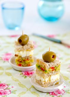 Triples Recipe (Triple-Layered Avocado Tea Sandwich): lovely, cute, refreshing, a simple finger food for your party, perfect for host(ess) on the go.