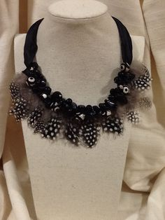 Collar plumas DELOLA