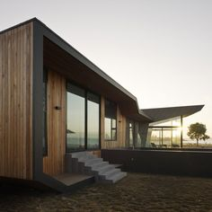 Beached House by BKK Architects http://www.dezeen.com/2011/08/30/beached-house-by-bkk-architects/