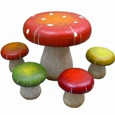 Mushroom Table Chair set - I could see this in an Alice In Wonderland themed room!